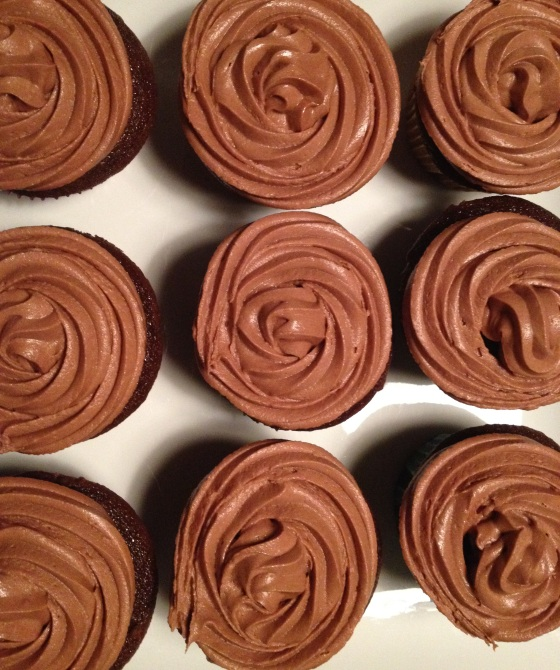 plate of cupcakes